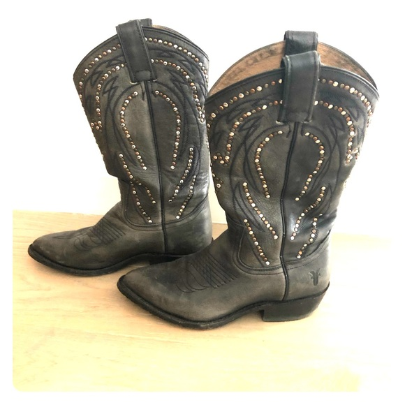 aa7245eb8e5 Frye Billy studded pull-on cowboy boots- size 6.5